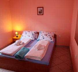 villa dm bedroom